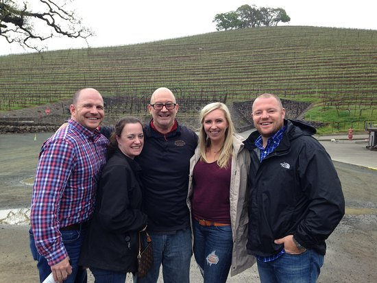 Kenwood, CA: Our group with the best tour guide ever! Paul!