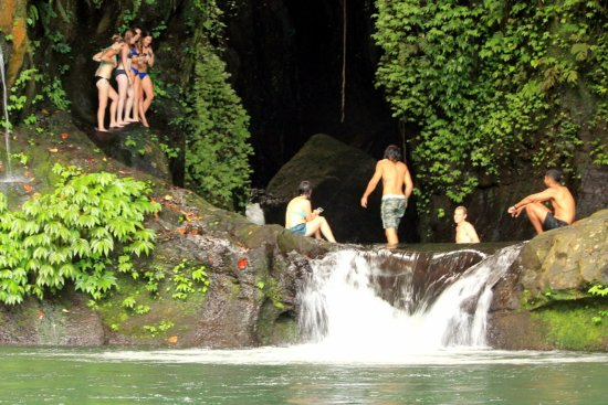 Noosa Bali Tours : At Blue lagoon with the Remote experience.