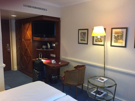 Hotel Royal - Manotel Geneva: photo1.jpg