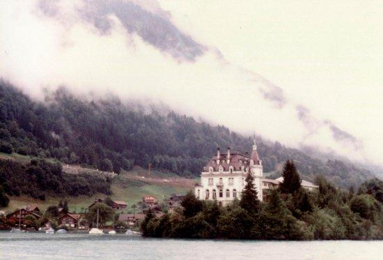Lake Brienz © Robert Bovington