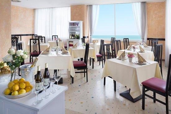 Hotel Vela D Oro Rimini