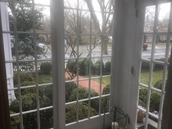 The 1770 House: photo1.jpg