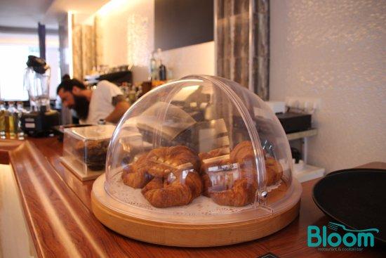 Hostal Tarba & Bloom Restaurant: Restaurante