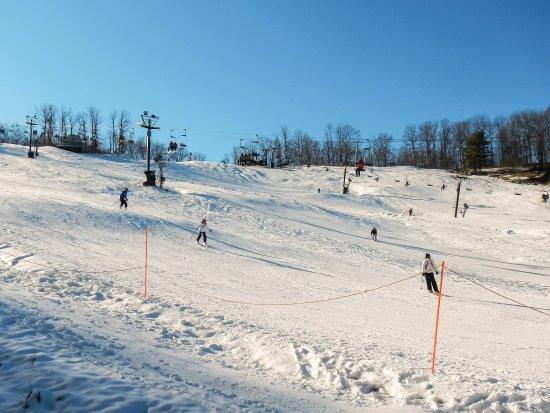 Boston Mills / Brandywine Ski Resort: Boston Mills - Peter's Pride (Blue), North Bowl (Black)