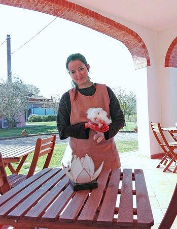 Agriturismo Vallerana: Giulia e il coniglietto