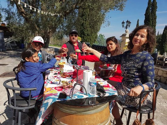 Kultours - Day Tours: The awesome picnic with organic food!!