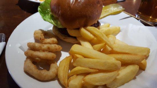 Ben Nevis Bar and Restaurant: 20170404_144002_large.jpg