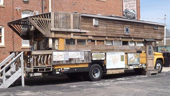 Pontiac, IL: The bus! Very interesting story