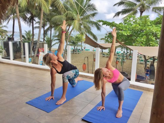 Blossom - Day Lessons: Group and Private Yoga Class with Ocean view