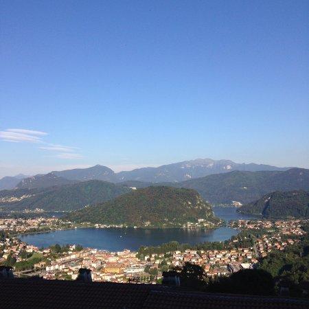 Viconago, إيطاليا: Der Blick von der Sonnenterrasse