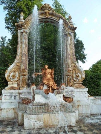 Fuente de las ocho calles picture of jardines de la for Jardines de san ildefonso