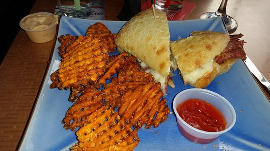Cheers Bar & Grill: Reuban with Sweet Potato fries