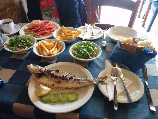 Ximo Restaurant: Pyszne i świeże dania.