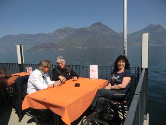 Restaurant Rossli: terrazzo sul lago