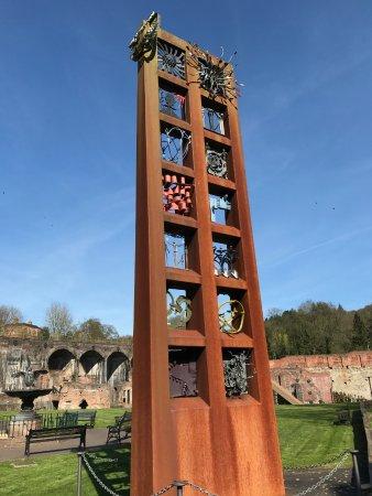 Coalbrookdale, UK: Pillar of Friendship