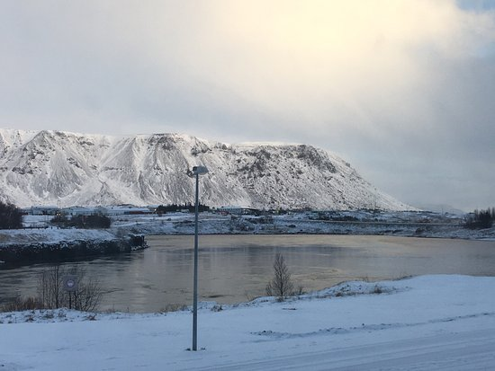Hotel Selfoss: These were taken during our two night stay, the river and mountain was the view from our bedroom
