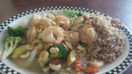 Mauldin, SC: Cashew shrimp with fried rice!  It's amazing!
