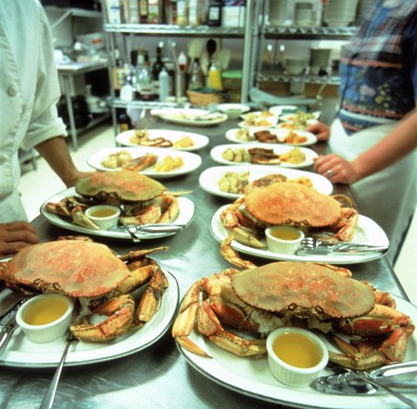 Gustavus, AK: Dungeness Crab