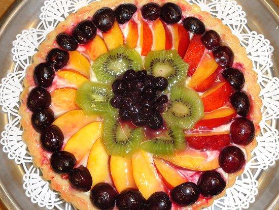 Gustavus, AK: Fruit Tort