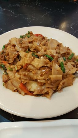 King Of Thai Noodle: Pad Thai