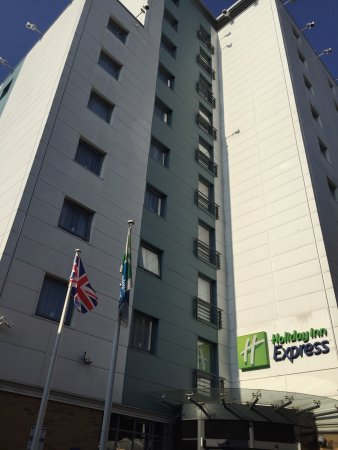 Holiday Inn Express London Croydon : photo0.jpg