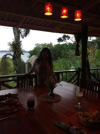 Isla San Cristobal, Panama: At the lodge, having a drink before dinner is served