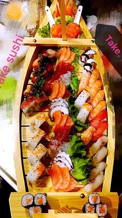 Mediglia, Italy: Take Sushi