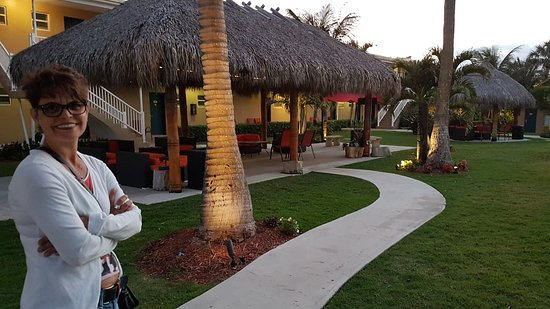 Oceans Beach Resort & Suites: Impressionen