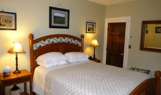 Harwich, MA: Sunset Suite bedroom
