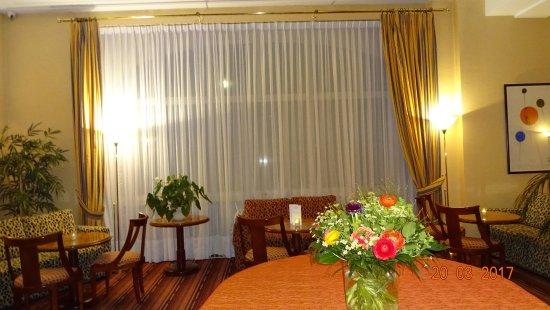 Victoria Hotel: Restaurante/Bar