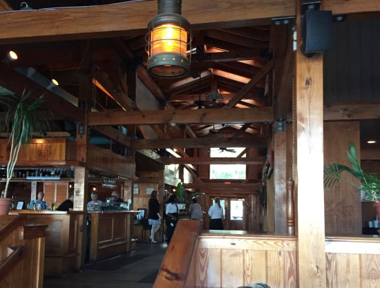One of the dining areas at Pearl's Saltwater Grille