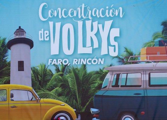El Faro Lighthouse: Fun car show!