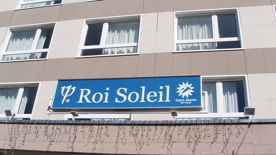 Club Med Saint Moritz Roi Soleil: The entrance