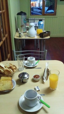 Hostel de las Manos: Desayuno muy bien servido