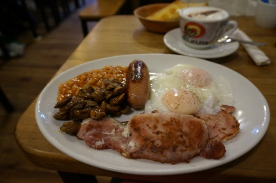 49 Cafe: Full English Breakfast (with poached egg)