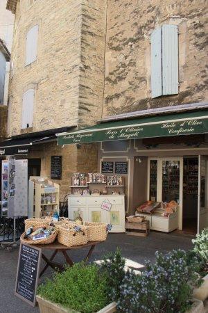 Vieille Ville De Gordes Wonderful S And Restaurants