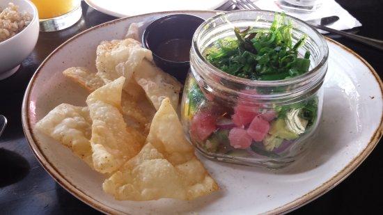 Rancho Cucamonga, Kalifornien: Poke bowl (appetizer menu). Yummy!