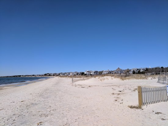 Harwich, MA: Bank Street Beach looking west