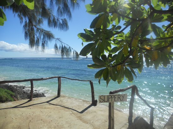 Liku'alofa Beach Resort: DSCN0329_large.jpg