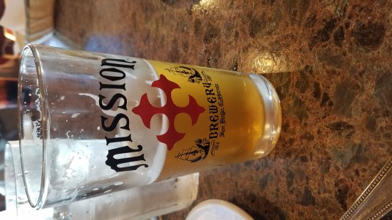 Dominic's Italian Restaurant : Beer and sunset and Dominics