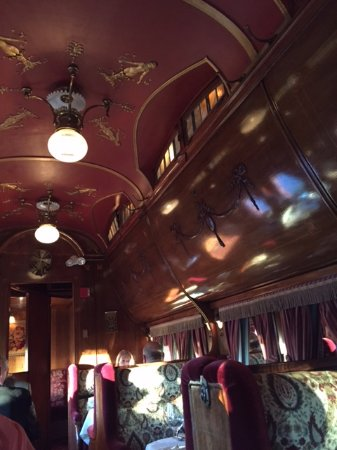 ‪‪Morristown‬, نيو جيرسي: Inside the pullman dining car at Rod's ‬