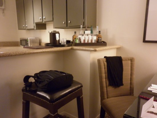 Le Parc Suite Hotel: cocina