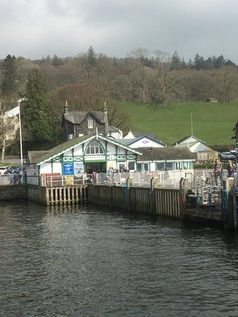 Windermere Lake Cruises: Lots of trips and various craft to explore the lake