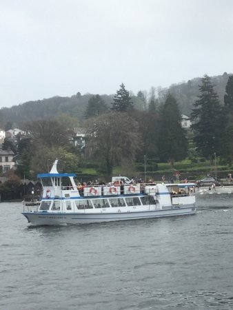 Bowness-on-Windermere, UK: Lots of trips and various craft to explore the lake