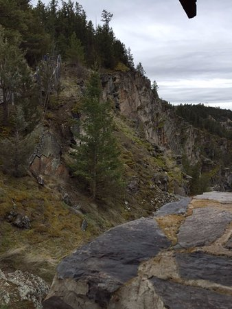 Polson, MT: Cliffs