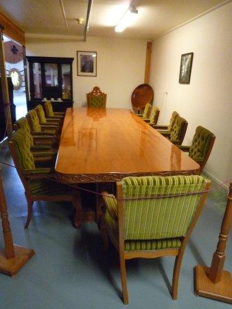Matakohe, نيوزيلندا: Well hand and machine crafted furniture.