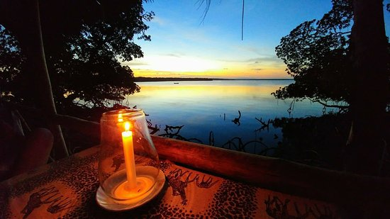 In2kenya: tramonto mida creek