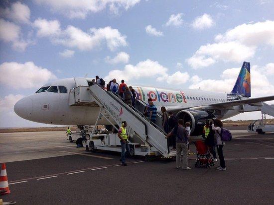 avion vol retour picture of small planet airlines no longer