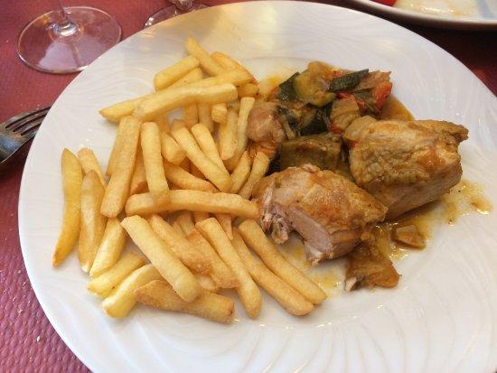 Astún, España: Poulet frites