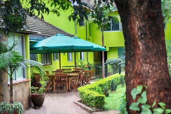 Appleton resort updated 2017 hotel reviews price for Pool garden restaurant nairobi